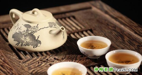喝热茶 7大抗癌功效变8倍致癌恶果